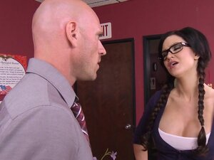 Big Tits at School: Prom Whore Wars : Part Two