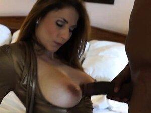 Big tits milf interracial with cumshot