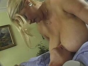 Gaynor  lovely tits