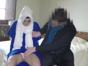 Sexy hot chick Arab loves a huge hard cock to