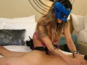 Nasty masseuse in mask fucked and jizzed on her