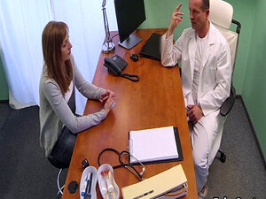 Doctor made hot milf happy with his cock