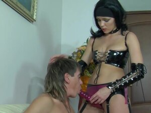 StraponPower Video: Leila A and Morris A, Hot