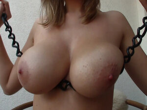 SQUEEZE MY BREASTS - A proper chain