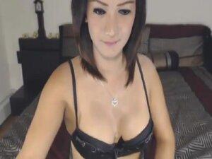Hot Goddess of Sex shows Big Tranny Cock
