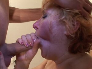 Mature slut mom with saggy tits fucked by young