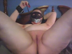 Caning cunt and cumming