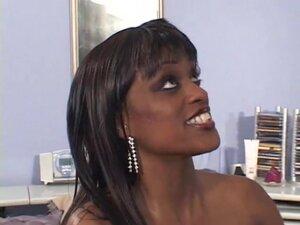 Ebony goddess was looking for a big dick - Dark