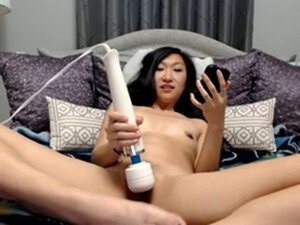 Very Big Dildo For Her Asian Pussy