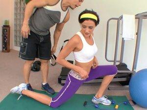 Brunette Eva Sinn gets fucked by her trainer