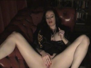 Goth Babe goes solo to a body jerking orgasm