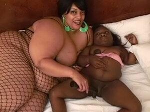Giant fat Farrah Foxx licking puss of Lady K