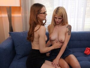 19 yo teen blonde is pussy licked by redhead and