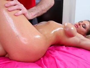 Sexy Brunette Massaged And Fucked Hardcore, Rachel