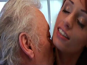 Porn casting for an old man fucking young hot