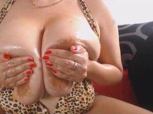 British MILF Denise Davies shows off her MASSIVE