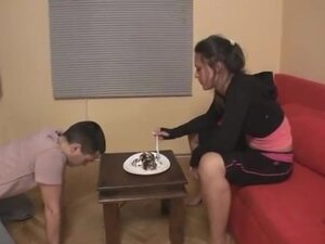 Eating cake on a serbian lady's feet