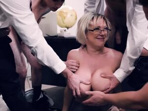 Blonde MILF teacher Dee Williams is outnumbered by