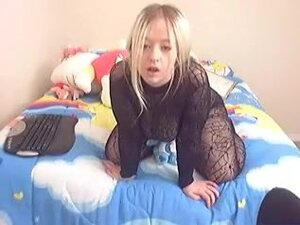 Web Camera golden-haired wench shows me her great