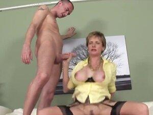 Unfaithful british milf lady sonia presents her