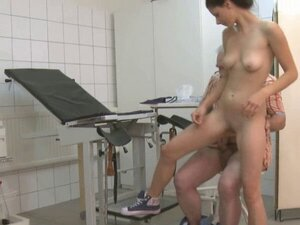 Delightful ster petra bounces on fat tool