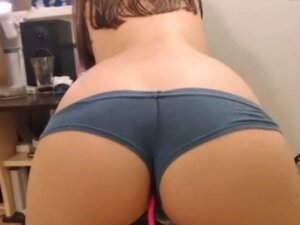 Perfect ass at webcam XPUSSYCAM