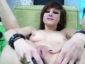 German emo ass gaping Janeth from dates25com
