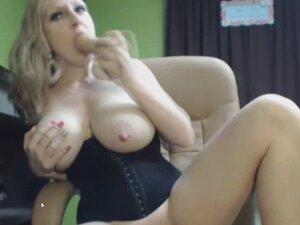 Big Tit MILF in Corset