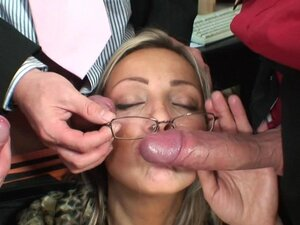 Anal sex featuring hot milf in glasses