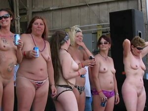 wet and hot biker babes in a contest in the iowa