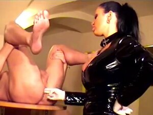 Krista fisted slave