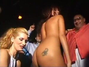 Wild Club Chick Giving Blowjob, Wanda Wow just