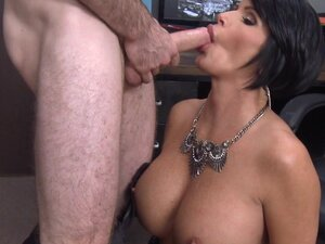 Shay Fox lets Brick Danger drill her cunt after