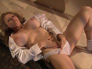 Sensual Blonde MILF Dyanna Lauren Fingers Her Wet