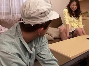 Seducing The Cable Guy, Lonely housewife Riona