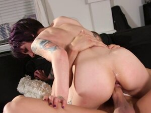 Gorgeous emo babes get their cunts drilled