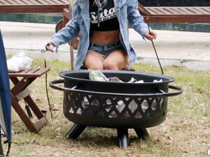 Best sex is outdoor camping sex and Kenzie Reeves