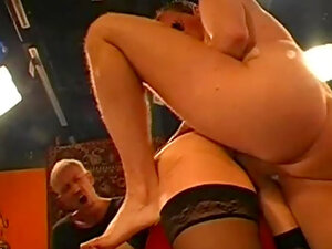 Dark-haired slut gets double penetration and a