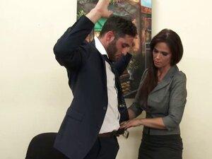 Fem boss catches guy jerking