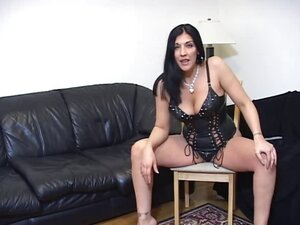 Fierce looking mistress demos jerk off process