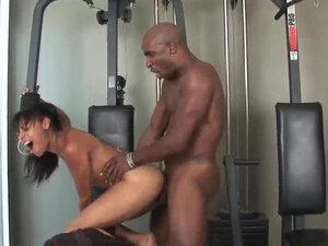 andrea kelly interracial 3some