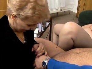 Chunky and horny mature ladies Tina and Gloria