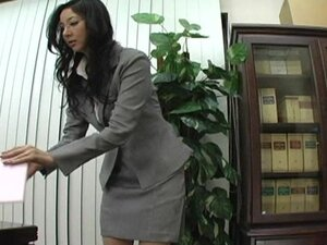 Tachibana+Hitomi+The+sensitive+president+secretary+Part+1+
