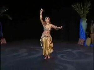 Sadie Stomach Dancing, stomach dancing