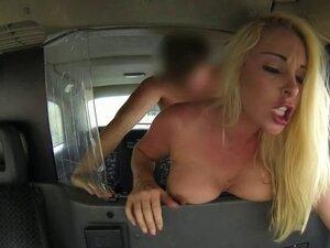 Busty brit amateur cockriding cabbie