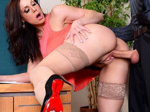 Kendra Lust & Richie Black in Naughty Office,