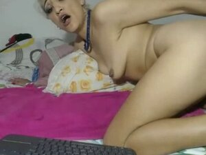 Ugly blonde  whore with saggy tits masturbates
