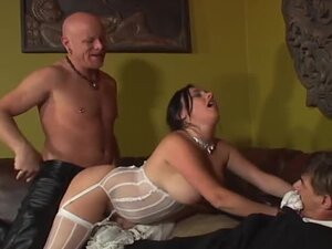 Bride Makes a Cuckold out of Her Groom on the