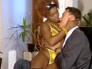 Black Babe Seduces Guy In Suit And Fucks In