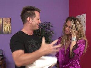 Massage-Parlor: Money Is Not An Object, Eric